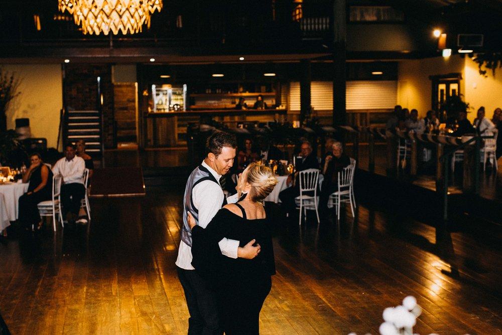 ottimo-house-denham-court-macarthur-wedding-www.emilyobrienphotography.net-210.jpg