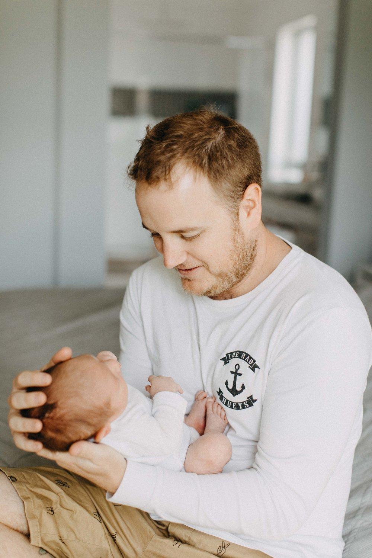 camden-newborn-photography-lifestyle-hunter-www.emilyobrienphotography.net-26.jpg