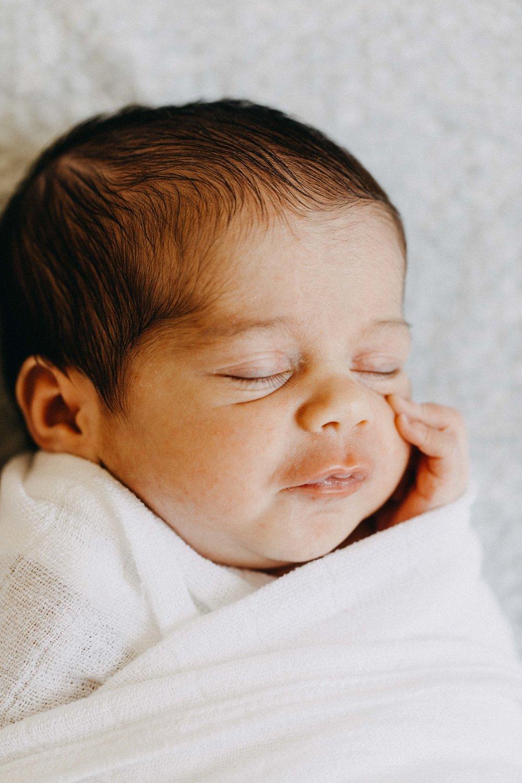 cobbityy-camden-newborn-twin-phootgraphy-violet-brodie-27.jpg