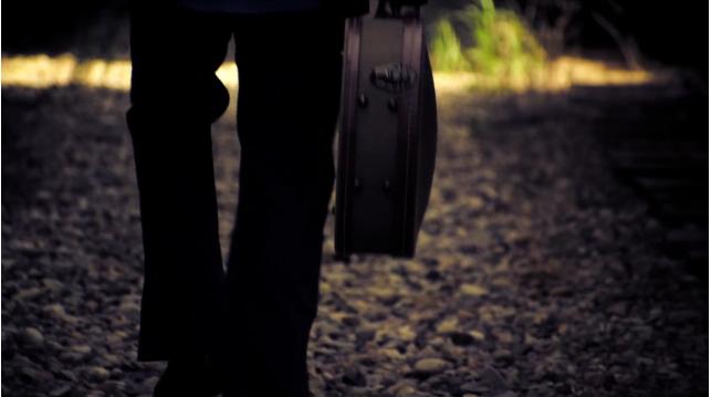Guitar Case Silhouette.jpg