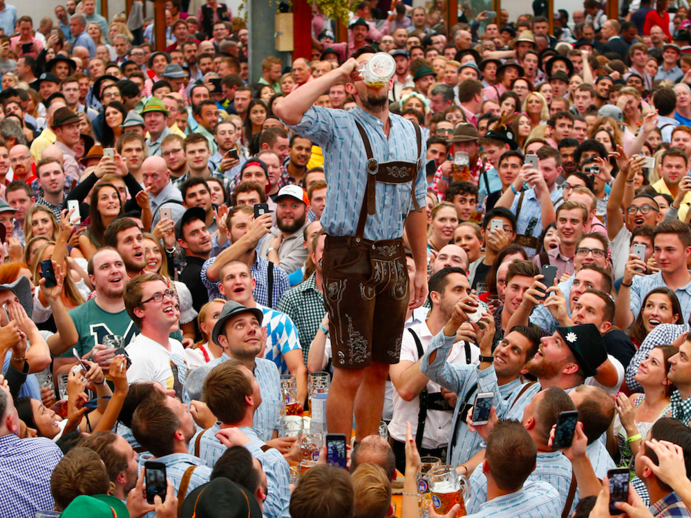 13-of-the-wildest-pictures-from-this-years-oktoberfest-in-munich.jpg.png