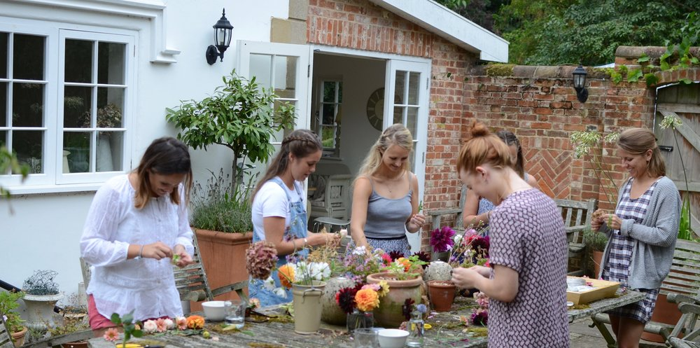 floral flower crown workshop