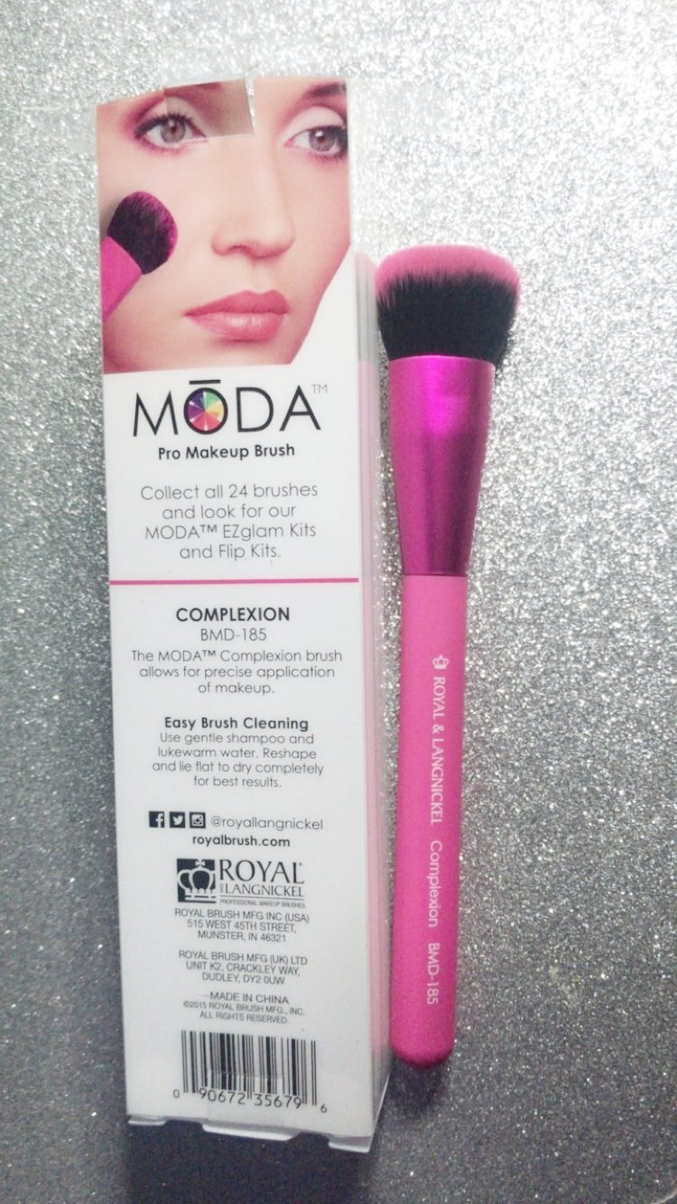 MODA brushes were doing a brush giveaway on the day and I scooped one up! Looking forward to using this.