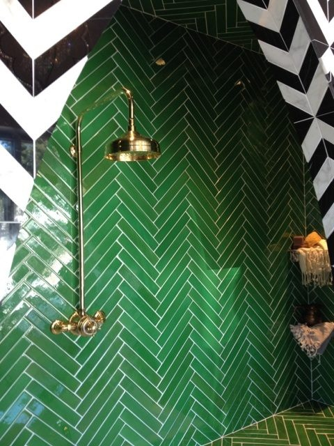 More Pinterest inspiration via this gorgeous patterned shower with gold fixings
