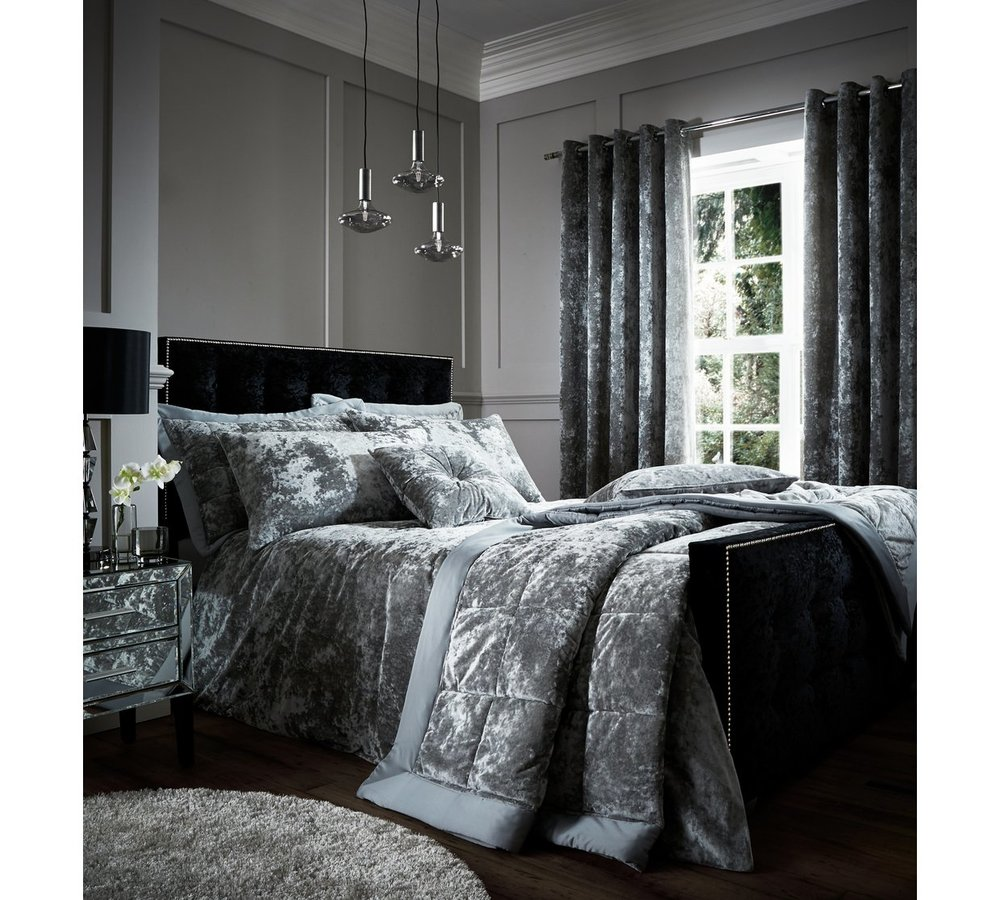CATHERINE LANSFIELD CRUSHED VELVET BEDDING SET