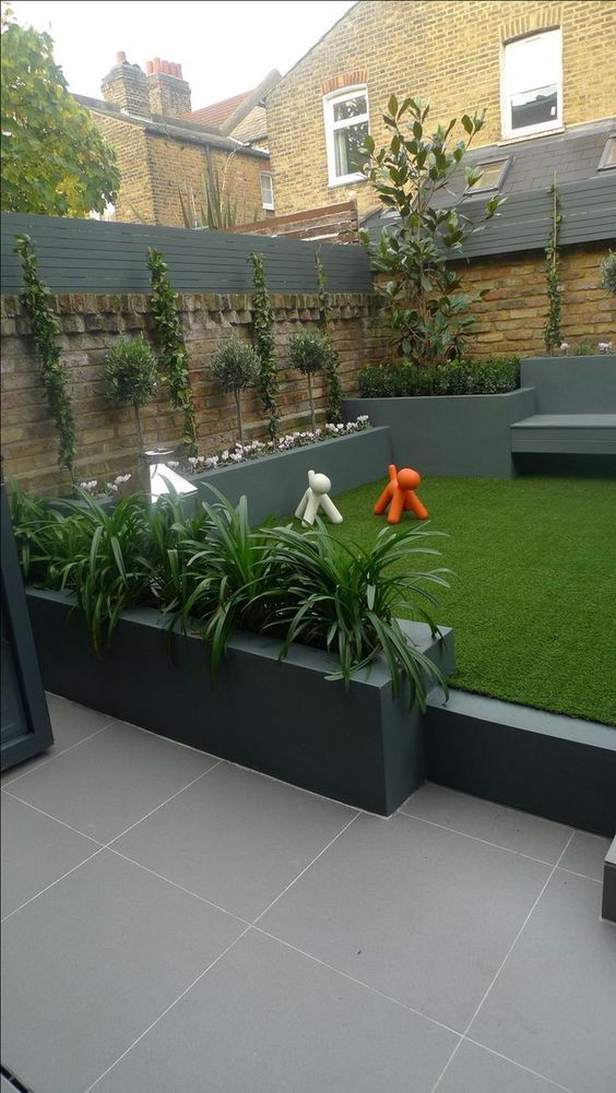 Love this gorgeous modern garden design via modernhousemagz.com