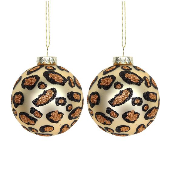 These  Gisela Graham  baubles are so fashionable and would look fantastic on a black tree.