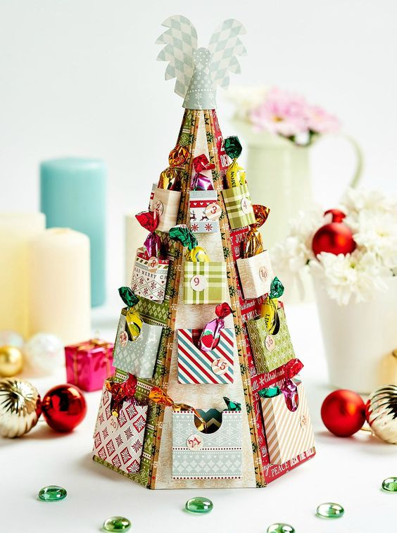 This advent tree crafted by Papercraft Magazine can be made using the template on their website.  Click here  if you fancy a stab at it yourself.