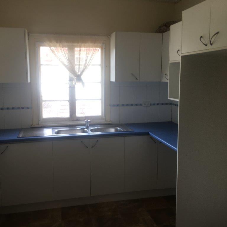 1.3.3 Kitchen 2.jpg