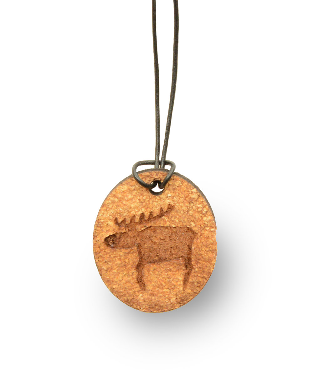 Reindeer necklace from orange peel.