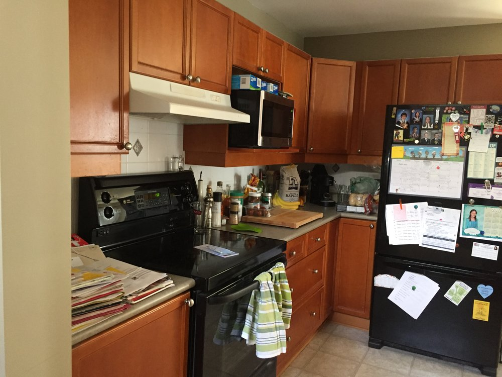 BEFORE: The existing space was not only small, dysfunctional and short on counter space but also very tired and uninspiring in its aesthetic.