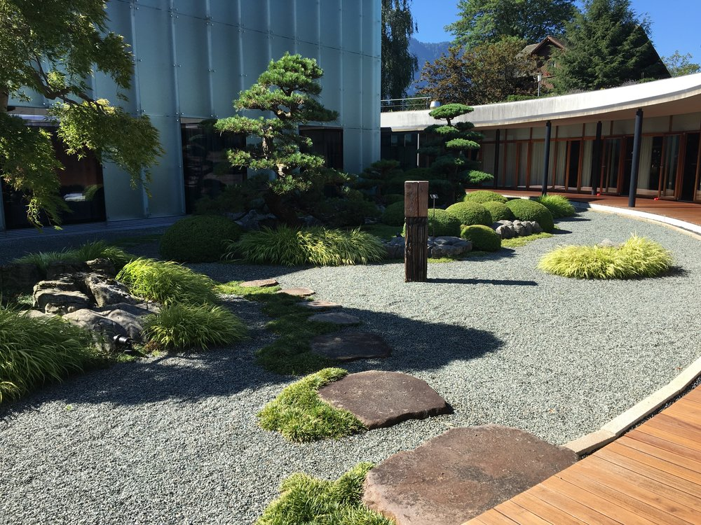Japanese garden next to the workout room. The whole Spa is Asian-style.