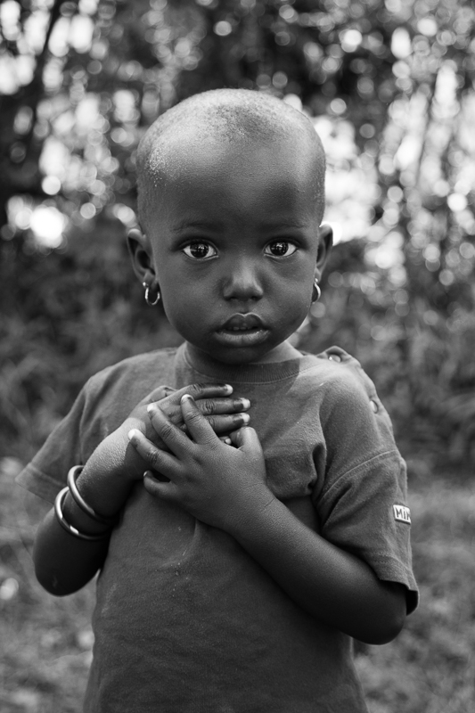 elizabeth-mealey-new-york-photographer-kenyan-child-cickle-cell-warrior-portrait-b&w-6398.jpg
