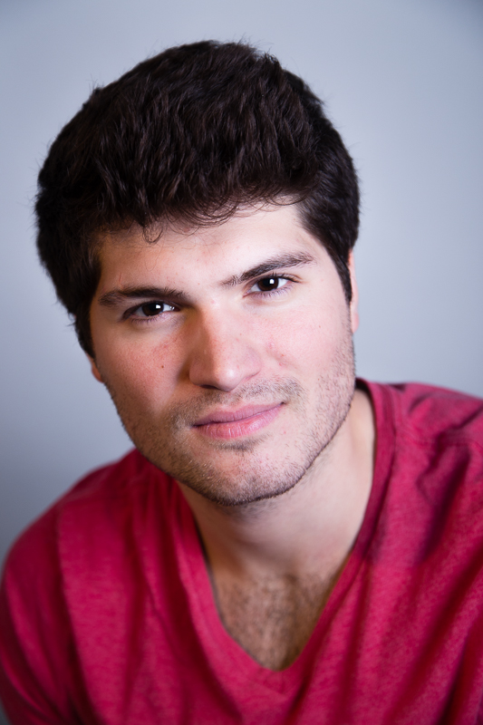 elizabeth-mealey-new-york-photographer-thomas-vieljeux-actor-headshot-nyc-red-tshirt-9709.jpg
