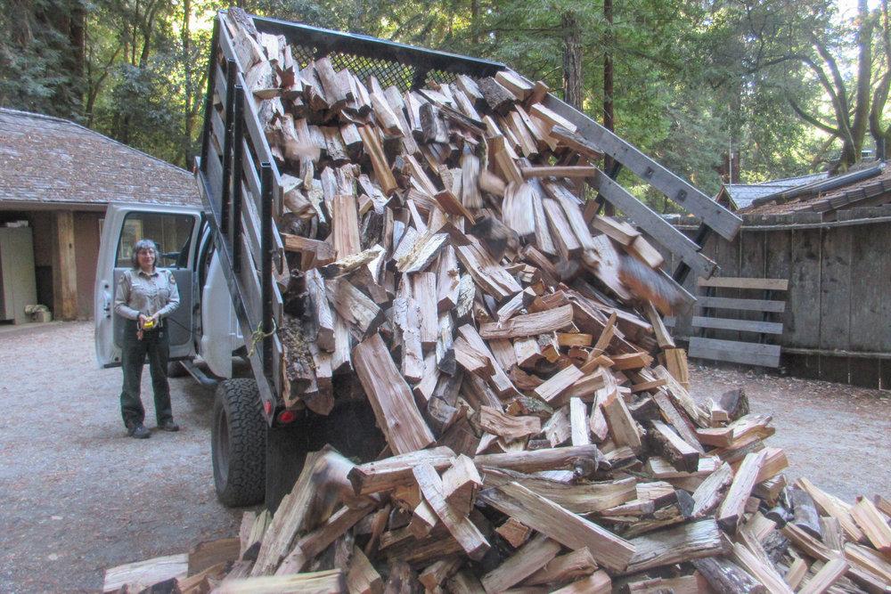 Dump Bed Makes Unloading Easier.JPG