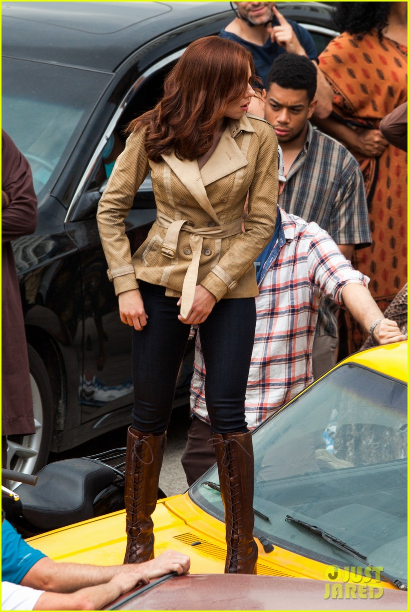 scarlett-johansson-captain-america-civil-war-set-pictures-02
