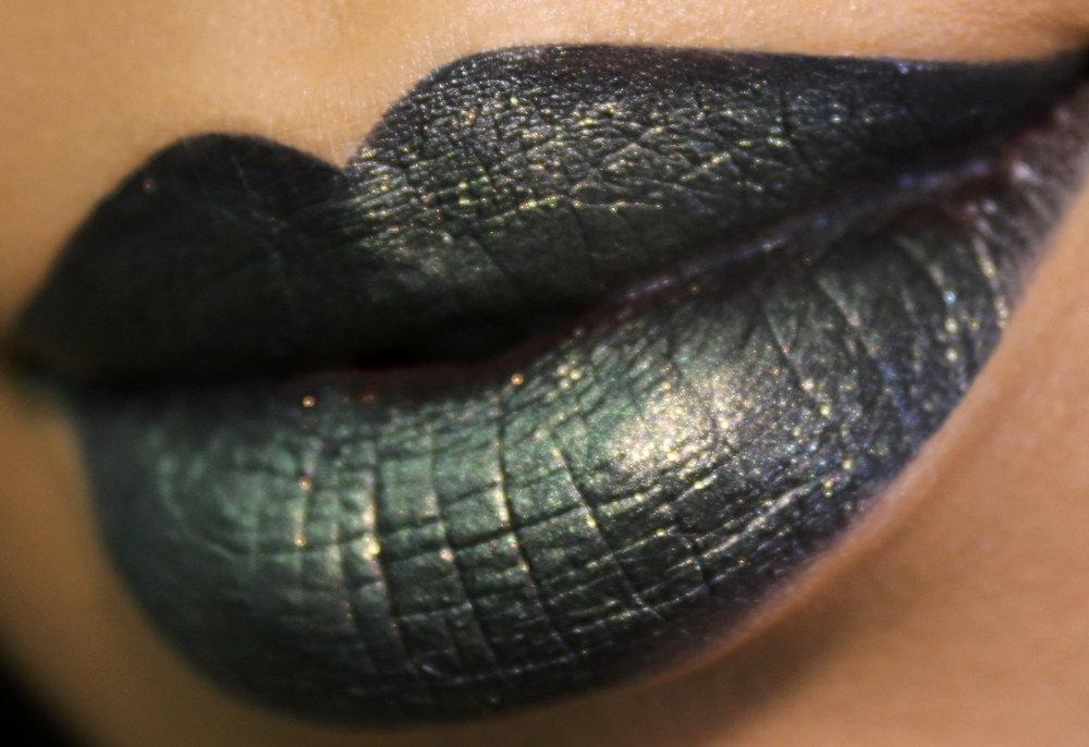Maybelline Lip Kit Untamed Closer.jpg