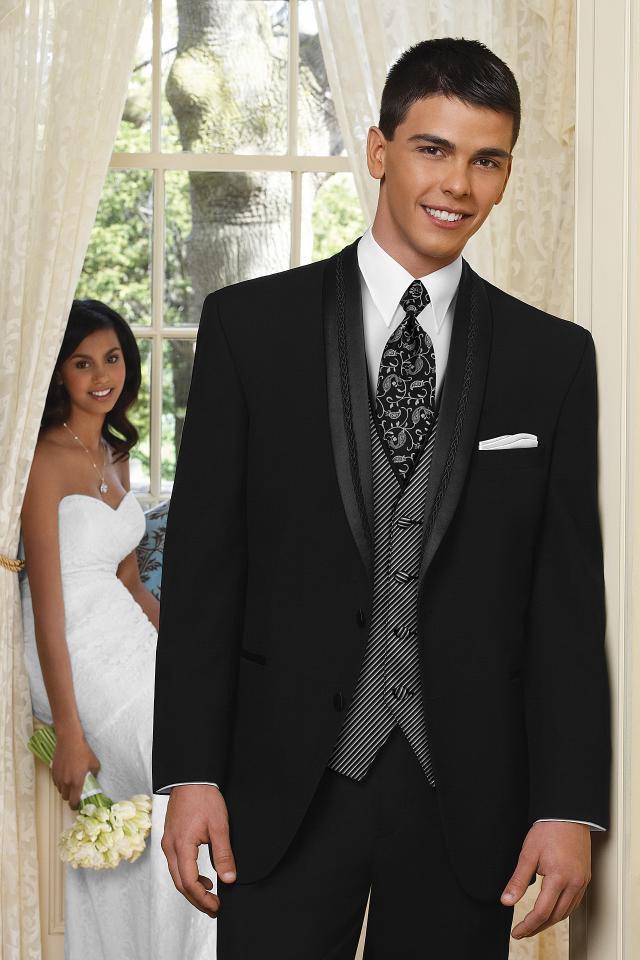 wedding-tuxedo-black-el-rey-815-1.jpg