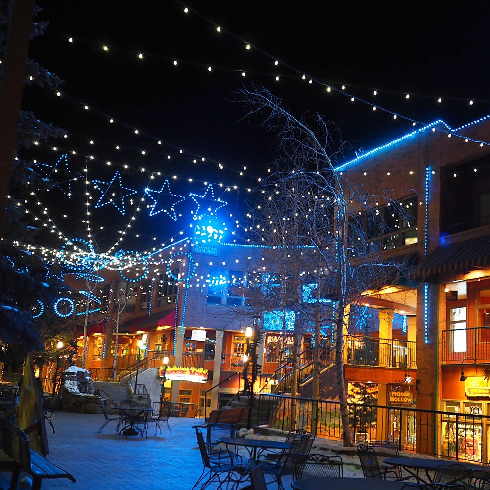 Cooper Creek Square Light Show