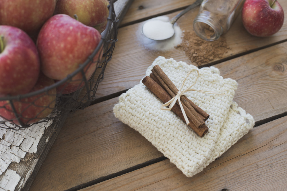 For this image I wanted to capture my farmhouse washcloth with some autumn feels to it. I thought it'd be neat to showcase it with a whole bunch of kitchen stuff, including apples, to make it feel warm and comforting. When I look at this pic it takes me to fond memories of cooking yummy fall treats inside while the weather outside was dreary and cold.
