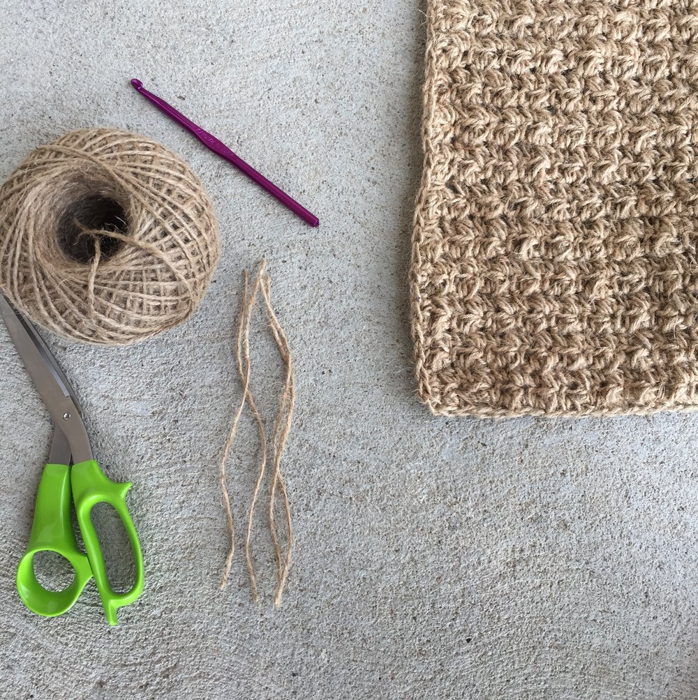 Free Crochet Pattern for a Textured Jute Rug - Megmade with Love