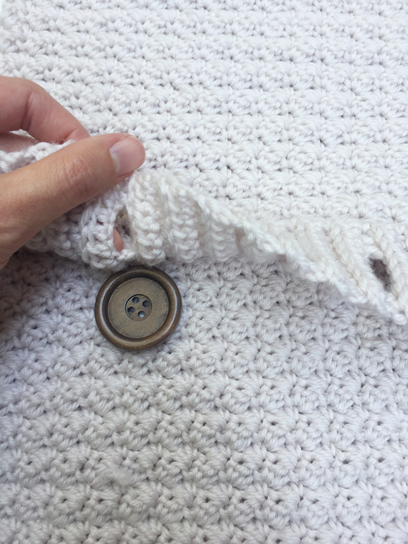 crochet pillow button
