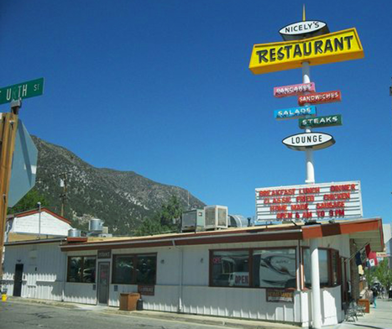 Nicely's serves classic diner food and has a bar & lounge attached