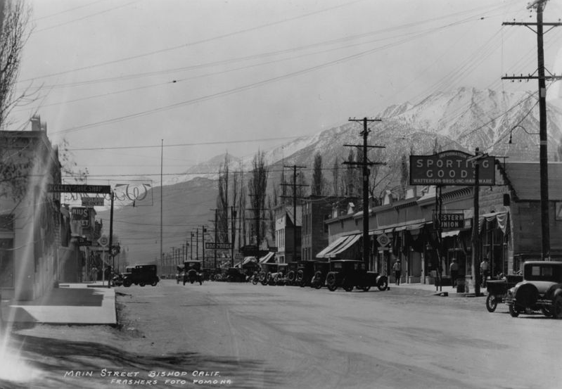 Bishop Main Street Circa 1920 ( http://www.inyocounty.us/ecmsite/ )