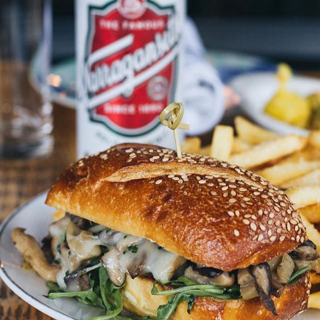 Stop by for happy hour tonight from 5-7! We have our mushroom cheesesteak & a can of @gansettbeer on special for $15! #cheersdaddyo #ginandpop #ginandpopphilly