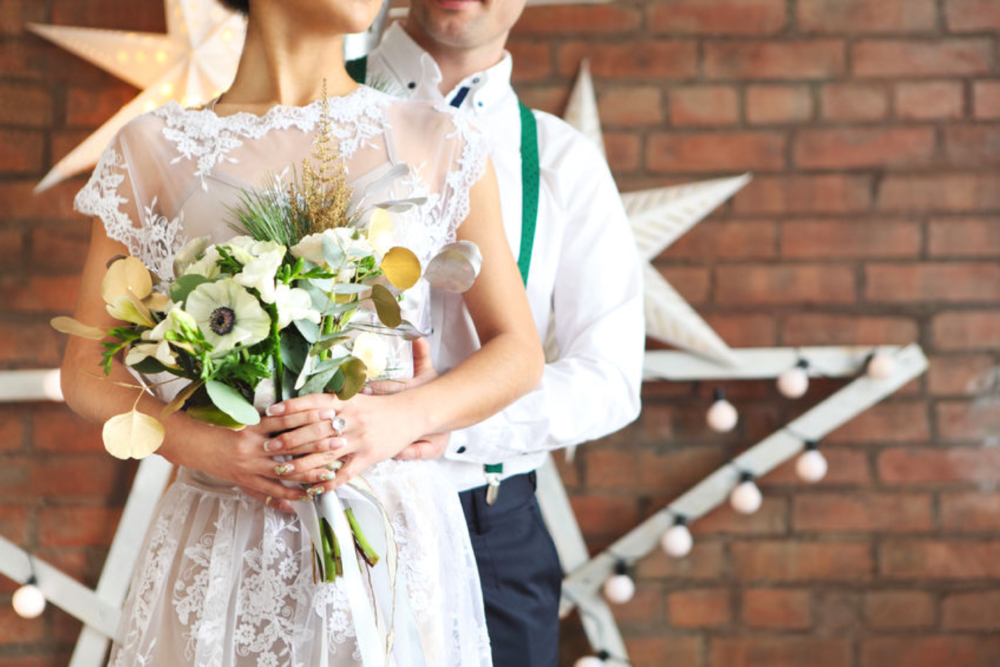 e·lope (verb): - 1. to run away secretly in order to get married, especially without parental consent.2. to escape.(We love the idea of escaping stress, social pressures and high expenses for a wedding. It's where our name comes from.)