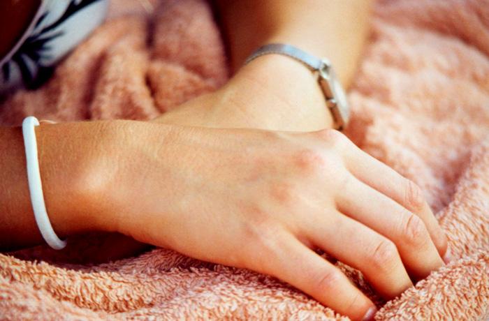 jh0233_hand.jpg