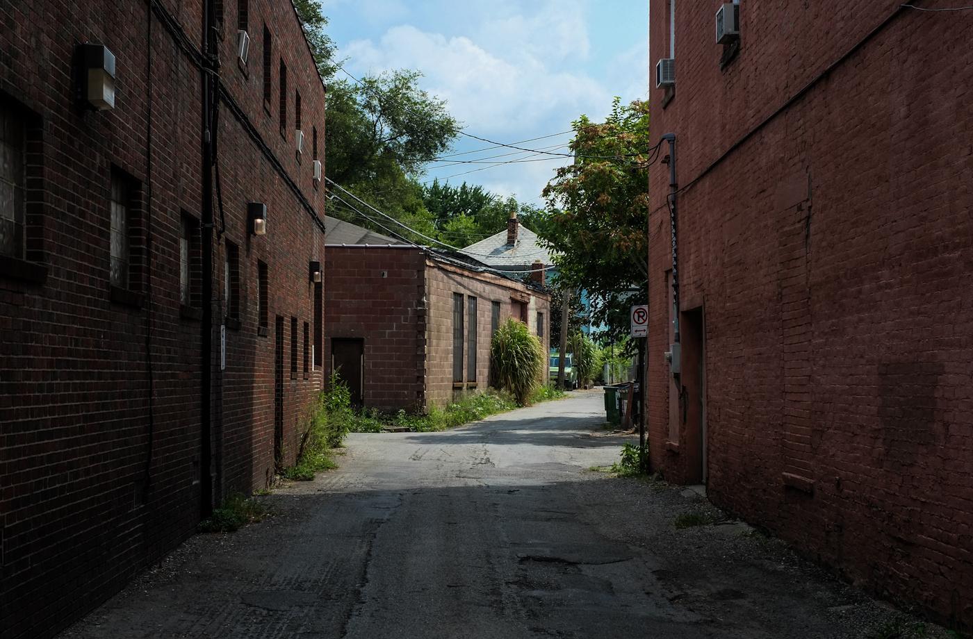 Columbus Alley