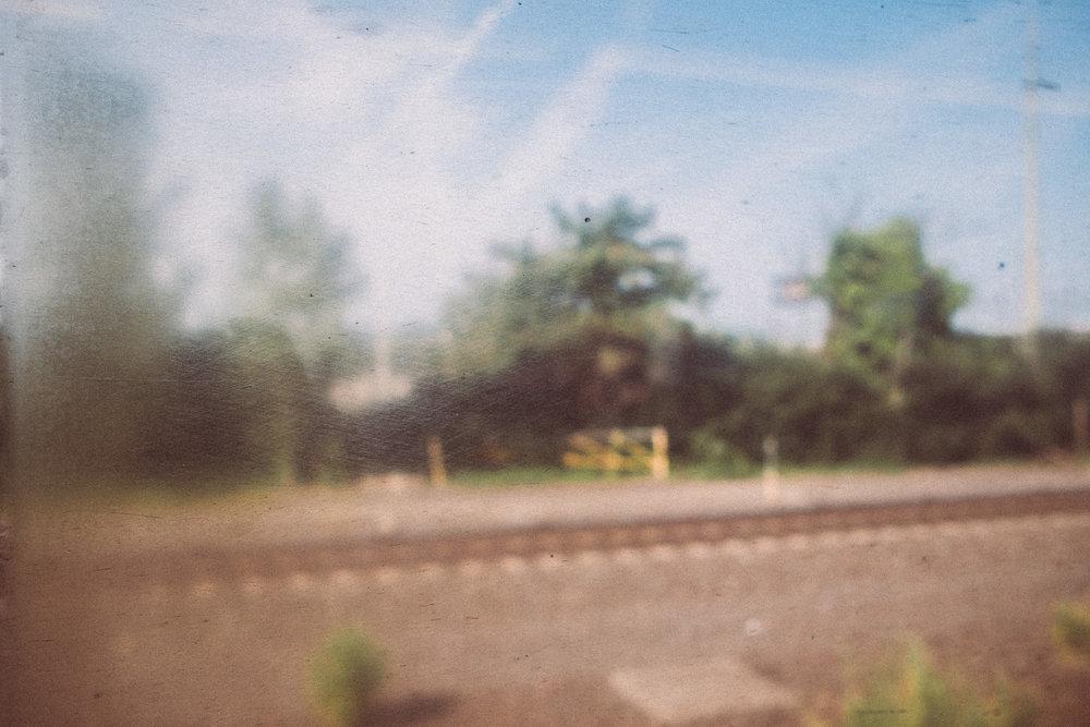EH2157_A-Blur.jpg