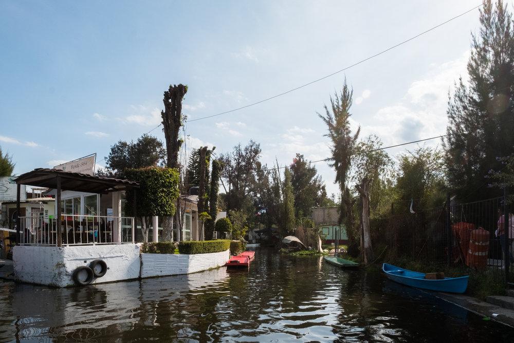 EH2176_Xochimilco.jpg