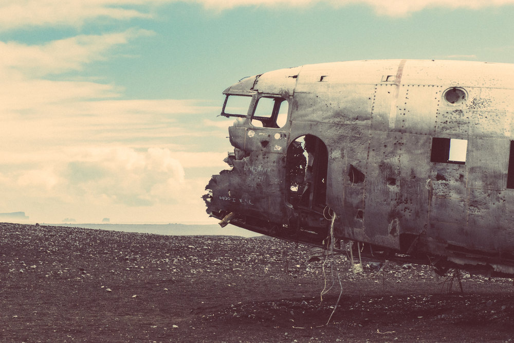 EH2322_Plane-Wreck.jpg