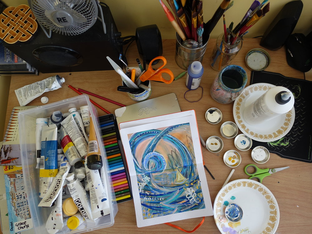 artist-desk-studio