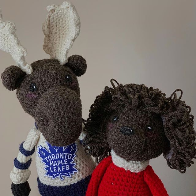 Moose and Pax hanging out..Good ol' Canadian boys 🍁  #wool #crochet #canadian #handcrafted