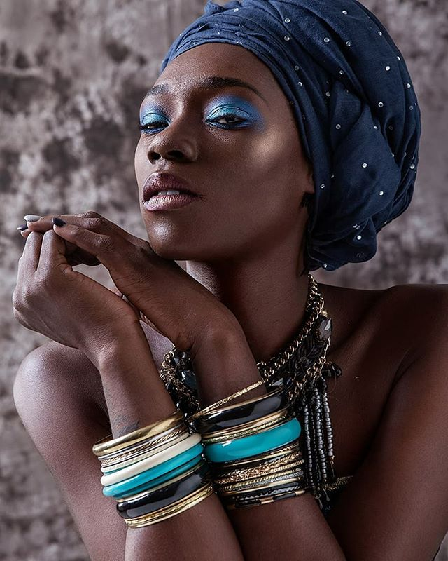 Another one to catch your eye, #model @chonaeelizabeth from a recent #collab with #mua @tgculture #instagood #instadaily #aophotoworld #2019 #february #darkskinmodel #blackgirlmagic #fashionphotography #hairNbeauty #Londonphotographer #ilovemyjob
