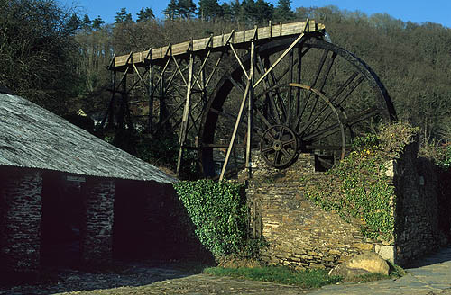 old tin mine Devon.jpg