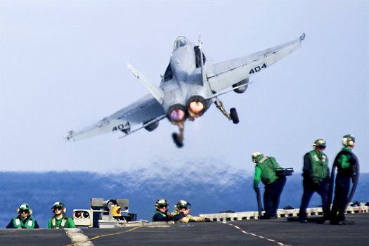 FA-18C Hornet from USS Carl Vinson in the Pacific Ocean, Jan. 8, 2011.jpg