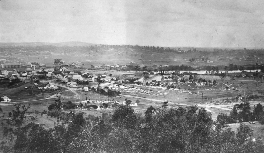 Panoramic view of Brisbane from Enoggera Road, 1874. Photograph courtesy of the John Oxley Library, image no APE-017-01-0007.