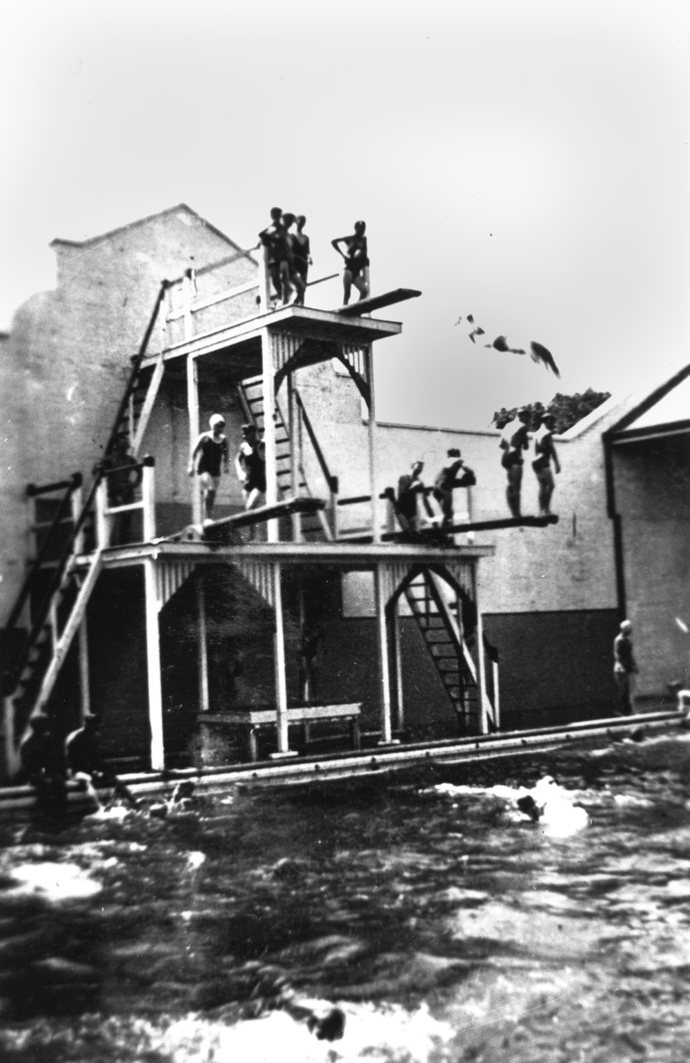 Divers at the Valley Baths, Brisbane, ca 1930, photo courtesy of SLQ, neg no 158798