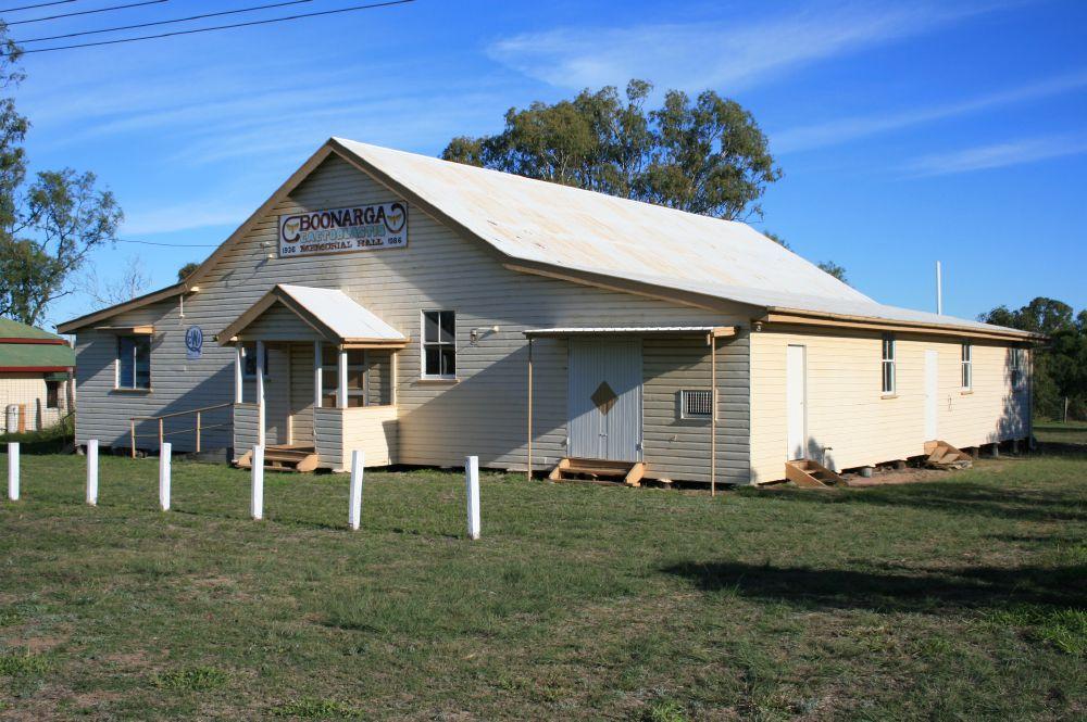 By Heritage branch staff - Queensland Heritage Register:  Cactoblastis Memorial Hall (2006) , CC BY 3.0