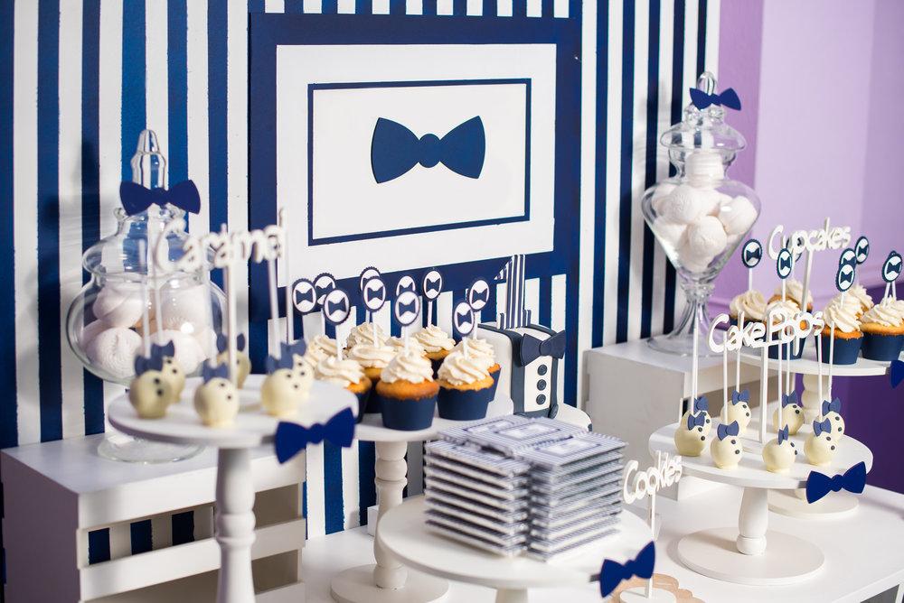 blue bow tie 1st bday cake pops.jpg