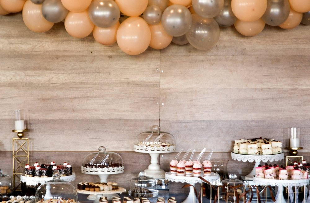 silver baloons dessert table.jpg