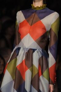 Valentino+Fall+2014+Details+rSGuum-R7-Sl