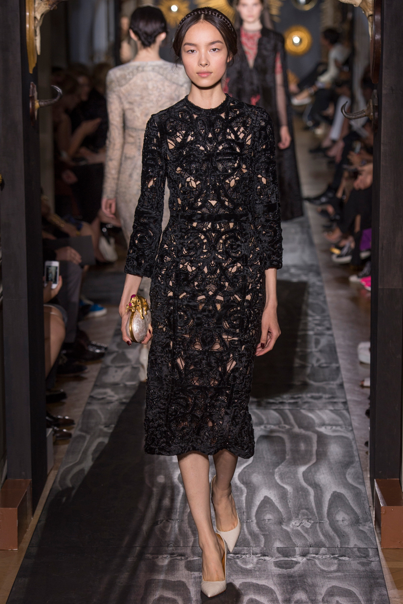 valentino-fall-2013-couture-41_160231992294