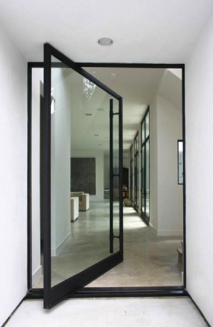Pivot-Door-Roundup-Architect-Visit