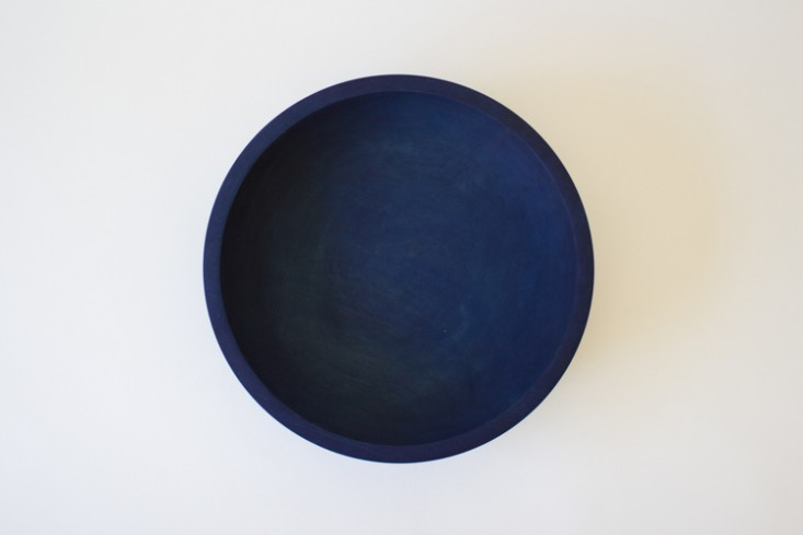 Silvia-Song-large-indigo-maple-bow-lRemodelista I Large