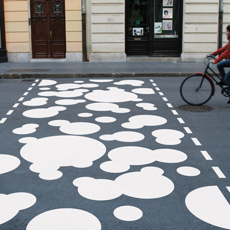 dezeen_The-Zebra-Crossing-Project-by-Eduard-Čehovin_lj1a